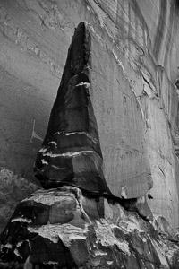 small-monument-escalante-canyon-utah.jpg