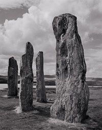 standing-stones-bw-callanish-isle-of-lewis-outer-hebrides-scotland.jpg